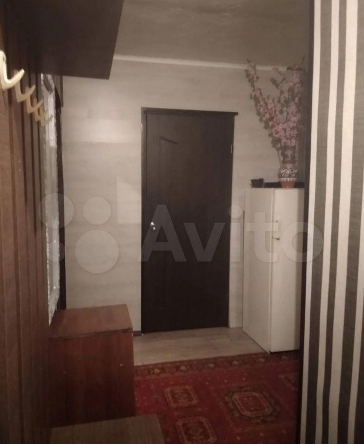 Продажа двухкомнатной квартиры поселок Нарынка, улица Королёва 8, цена 1600000 рублей, 2021 год объявление №625911 на megabaz.ru
