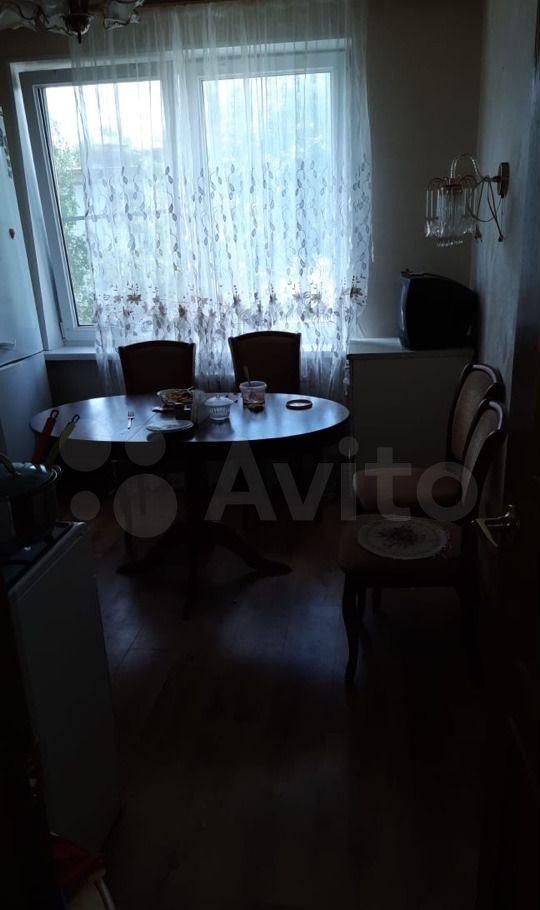Аренда двухкомнатной квартиры рабочий посёлок Калининец, цена 28000 рублей, 2021 год объявление №1415045 на megabaz.ru