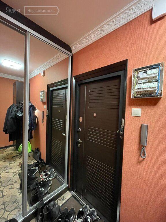 Продажа однокомнатной квартиры Москва, метро Севастопольская, Ялтинская улица 10к1, цена 10700000 рублей, 2021 год объявление №677537 на megabaz.ru