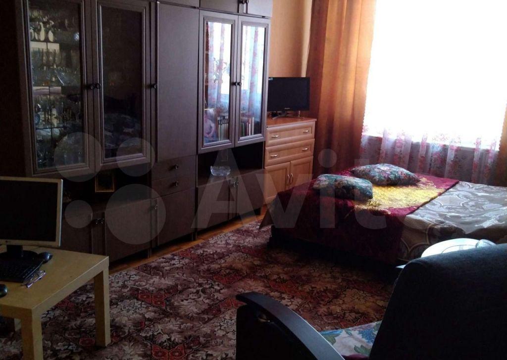 Продажа двухкомнатной квартиры Волоколамск, Рижское шоссе 1, цена 4000000 рублей, 2021 год объявление №663723 на megabaz.ru