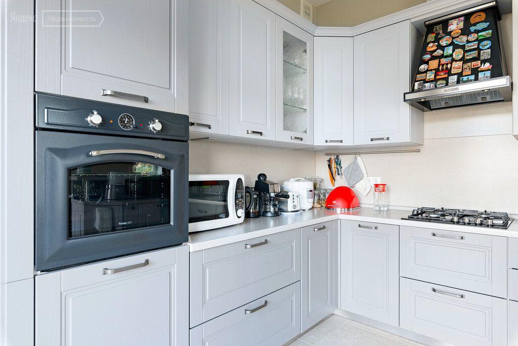 Продажа дома деревня Заболотье, Прохладная улица 70, цена 41300000 рублей, 2021 год объявление №642699 на megabaz.ru