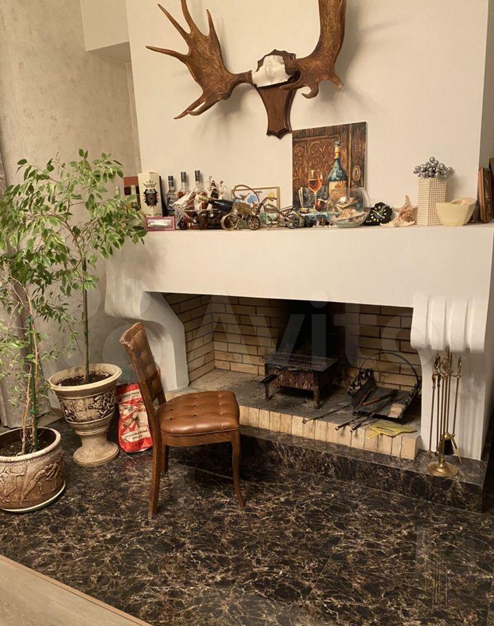 Продажа дома село Остров, Центральная улица 57, цена 59000000 рублей, 2021 год объявление №614775 на megabaz.ru