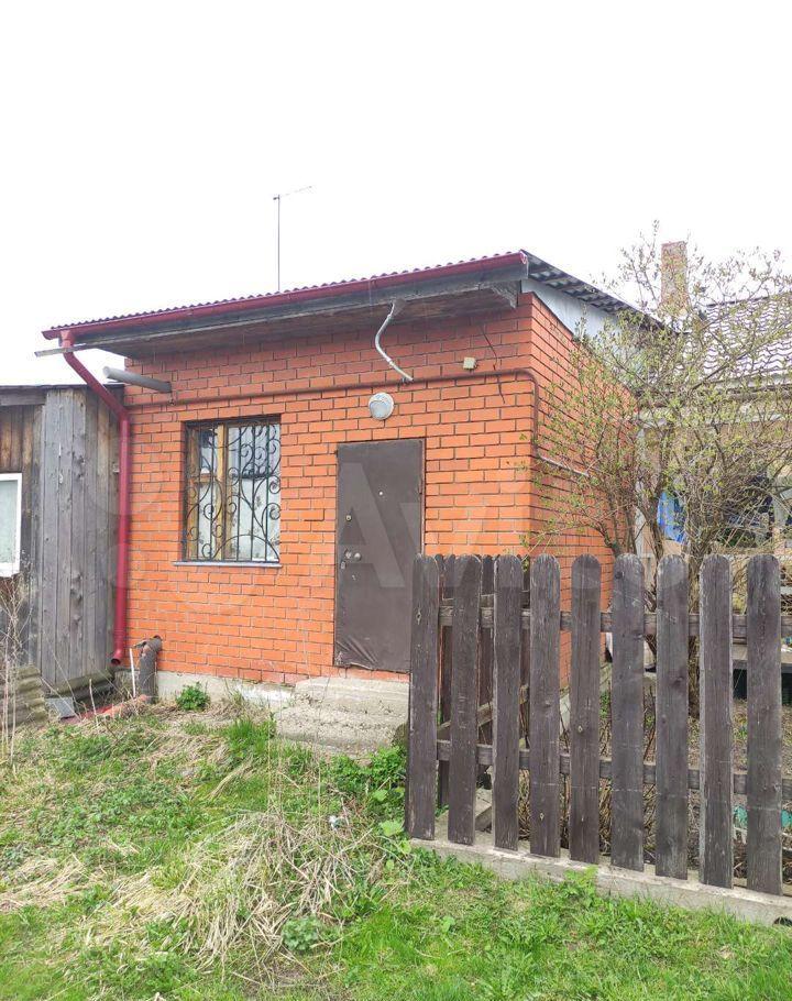 Продажа двухкомнатной квартиры поселок Большевик, улица Карпова 24, цена 2500000 рублей, 2021 год объявление №612796 на megabaz.ru