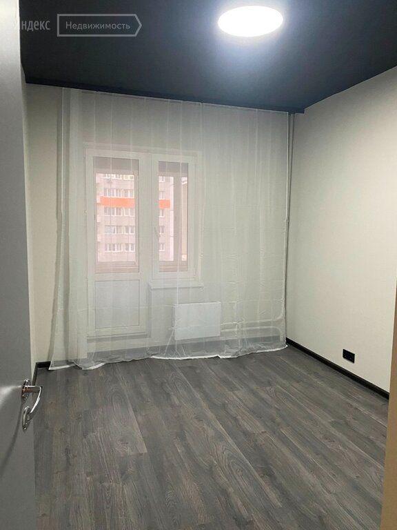 Аренда трёхкомнатной квартиры рабочий поселок Новоивановское, Можайское шоссе 51, цена 70000 рублей, 2021 год объявление №1462225 на megabaz.ru