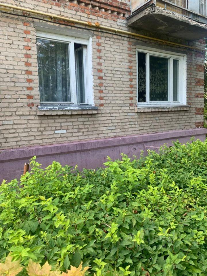 Продажа однокомнатной квартиры поселок Володарского, Лесная улица 28, цена 2900000 рублей, 2021 год объявление №644225 на megabaz.ru