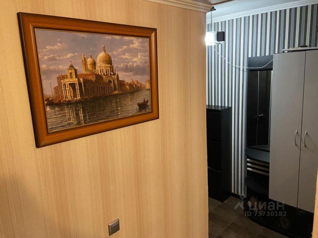 Аренда однокомнатной квартиры поселок Барвиха, метро Молодежная, цена 30000 рублей, 2021 год объявление №1415196 на megabaz.ru