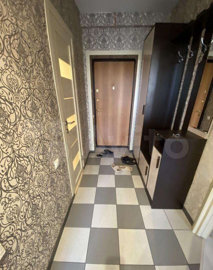 Аренда однокомнатной квартиры деревня Щемилово, улица Орлова 4, цена 19000 рублей, 2021 год объявление №1417367 на megabaz.ru
