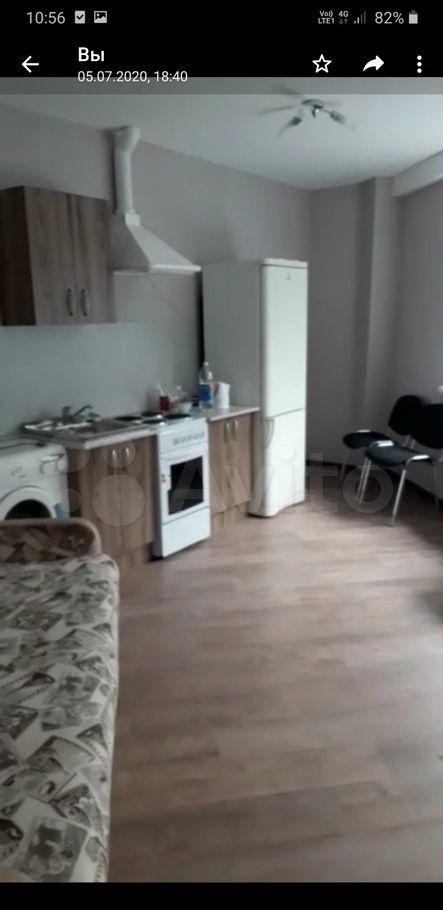 Аренда двухкомнатной квартиры деревня Щемилово, улица Орлова 2, цена 20000 рублей, 2021 год объявление №1421731 на megabaz.ru