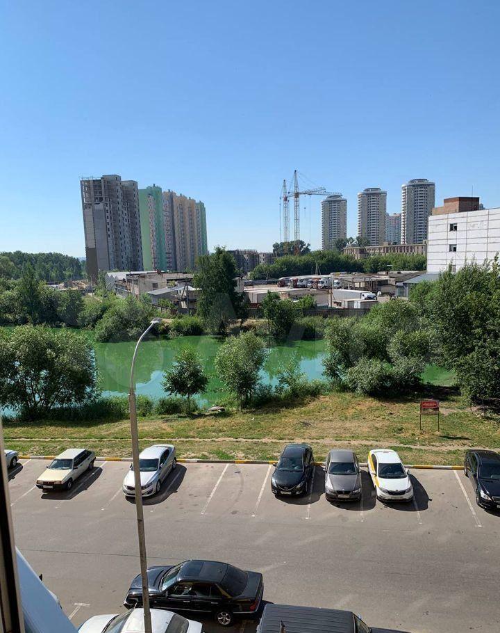 Аренда однокомнатной квартиры деревня Островцы, Баулинская улица 1, цена 30000 рублей, 2021 год объявление №1420258 на megabaz.ru