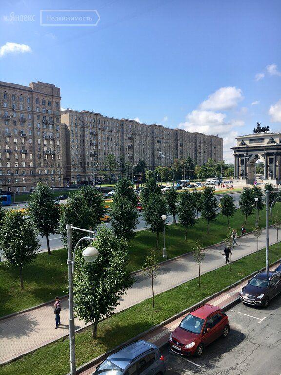 Продажа трёхкомнатной квартиры Москва, метро Парк Победы, площадь Победы 2к1, цена 27500000 рублей, 2021 год объявление №645706 на megabaz.ru