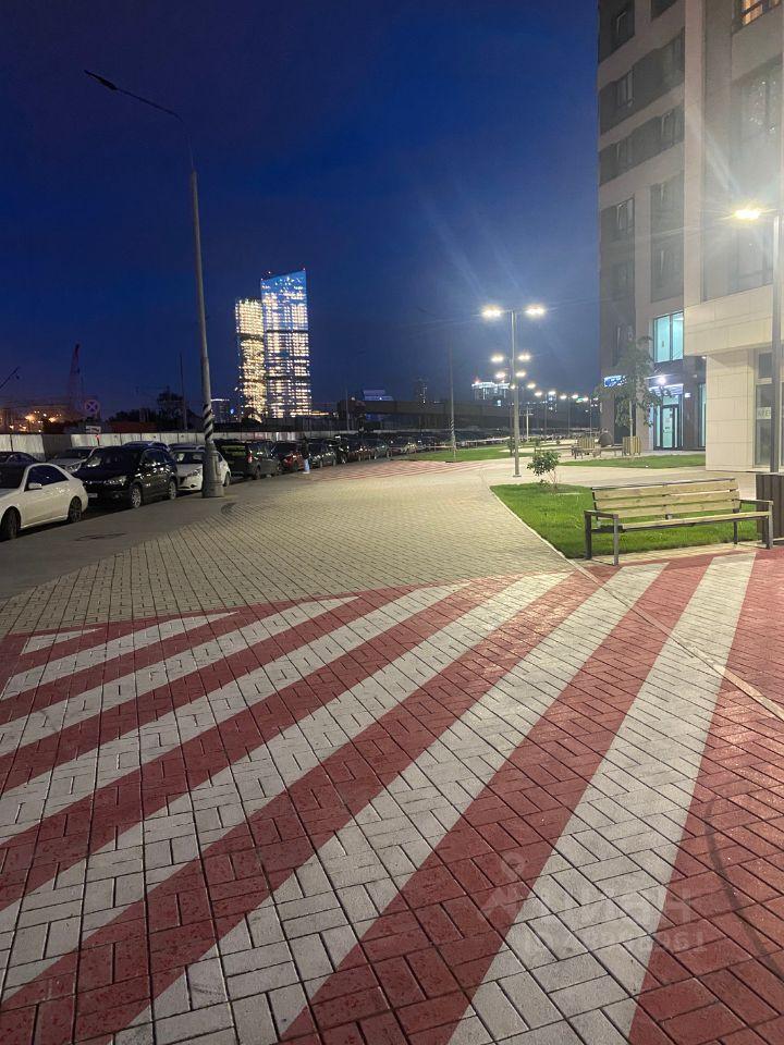 Аренда двухкомнатной квартиры Москва, метро Международная, Мукомольный проезд 2, цена 90000 рублей, 2021 год объявление №1419934 на megabaz.ru