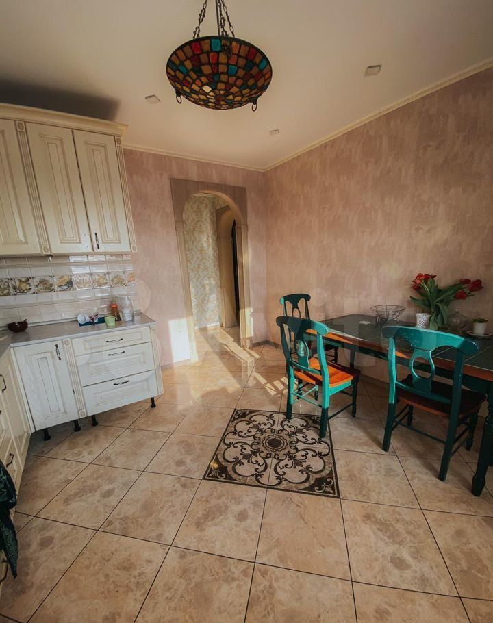 Продажа трёхкомнатной квартиры поселок Биокомбината, цена 7000000 рублей, 2021 год объявление №646523 на megabaz.ru
