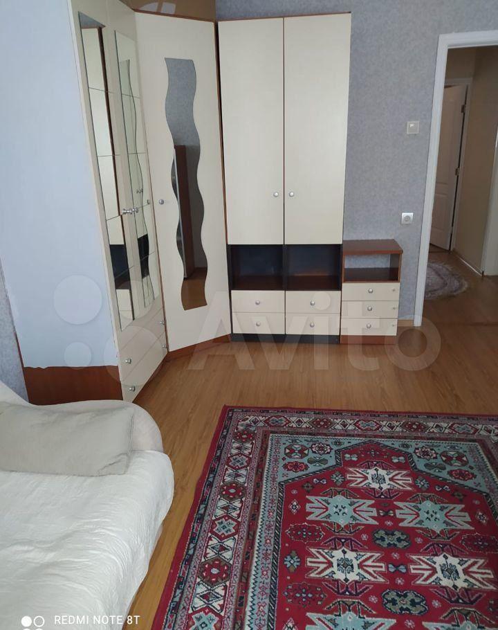 Аренда двухкомнатной квартиры деревня Малые Вязёмы, Петровское шоссе 3, цена 20000 рублей, 2021 год объявление №1417358 на megabaz.ru