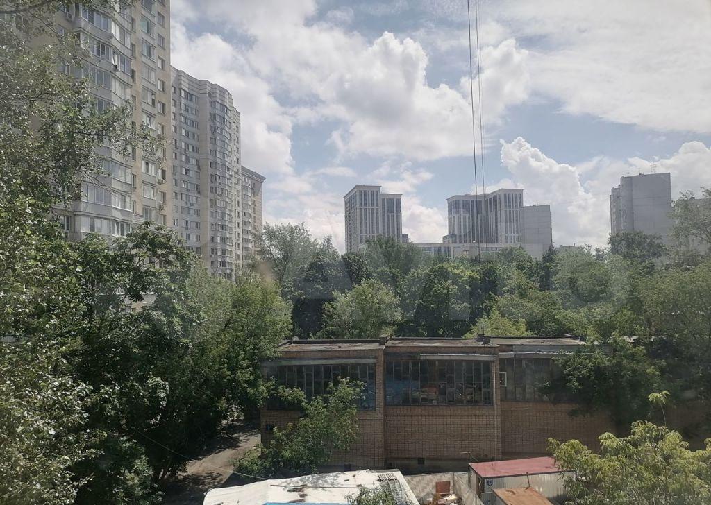Аренда двухкомнатной квартиры Москва, метро Багратионовская, Кастанаевская улица 1, цена 40000 рублей, 2021 год объявление №1480244 на megabaz.ru