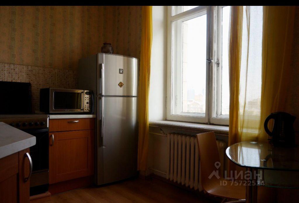 Аренда двухкомнатной квартиры Москва, метро Баррикадная, Кудринская площадь 1, цена 115000 рублей, 2021 год объявление №1415074 на megabaz.ru