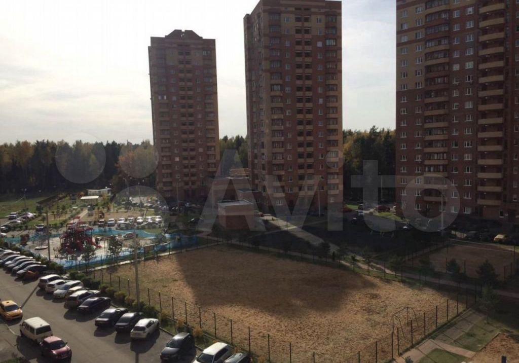 Аренда студии деревня Щемилово, улица Орлова 2, цена 20000 рублей, 2021 год объявление №1423998 на megabaz.ru