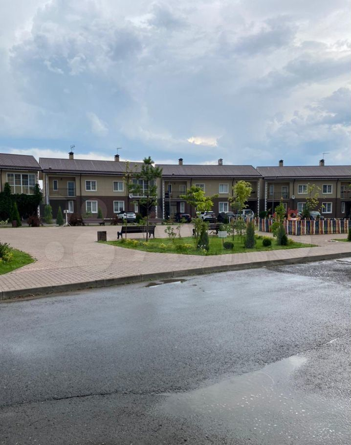 Аренда двухкомнатной квартиры деревня Рыбаки, цена 25000 рублей, 2021 год объявление №1300751 на megabaz.ru