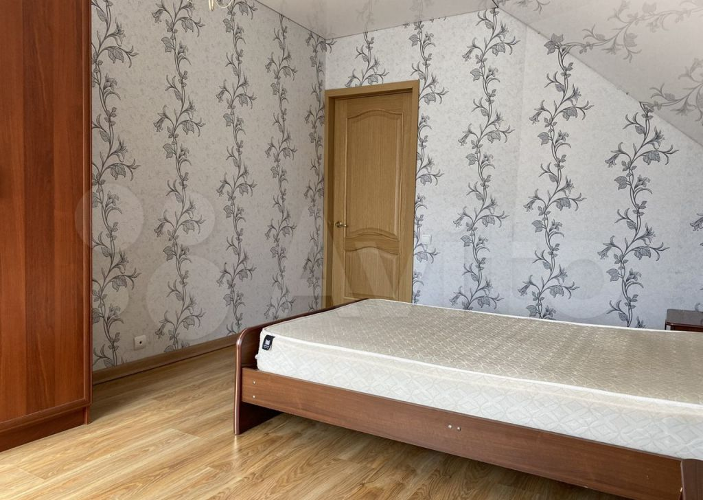 Аренда дома Яхрома, Первомайская улица 4, цена 30000 рублей, 2021 год объявление №1424327 на megabaz.ru
