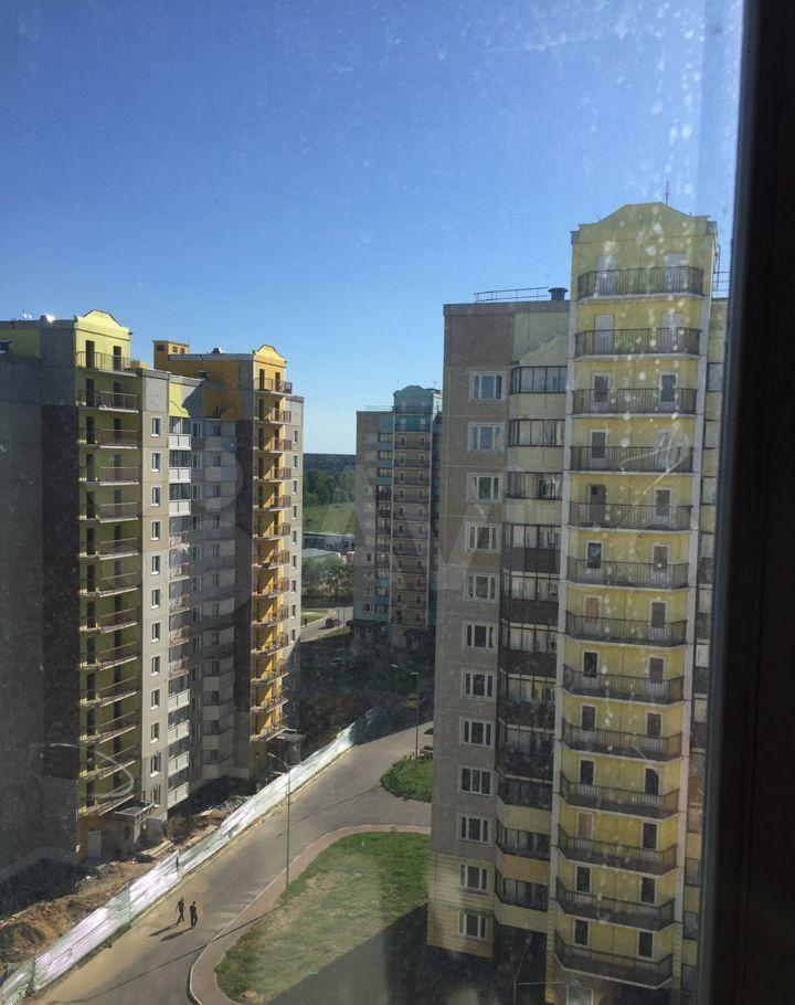 Аренда трёхкомнатной квартиры деревня Малые Вязёмы, цена 10000 рублей, 2021 год объявление №1419022 на megabaz.ru
