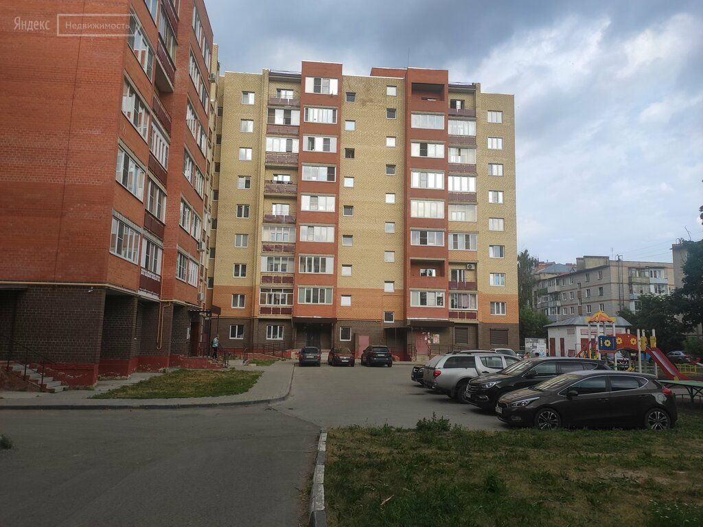Продажа четырёхкомнатной квартиры Куровское, Первомайская улица 78, цена 12000000 рублей, 2021 год объявление №649339 на megabaz.ru