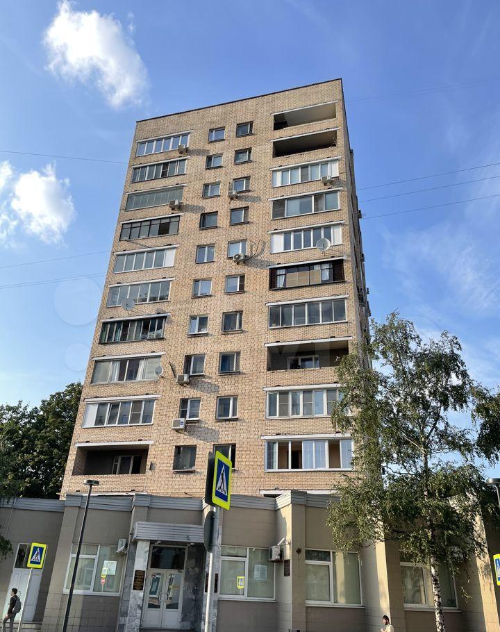 Продажа двухкомнатной квартиры Москва, метро Киевская, Брянская улица 4, цена 23000000 рублей, 2021 год объявление №695154 на megabaz.ru