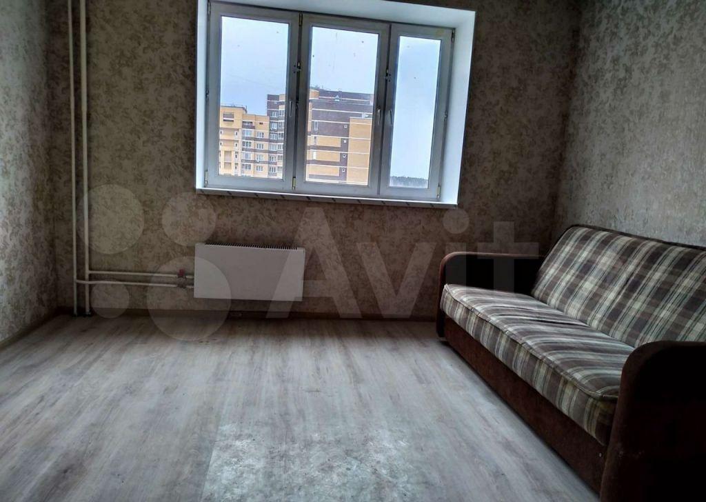 Продажа двухкомнатной квартиры поселок Аничково, цена 3500000 рублей, 2021 год объявление №650547 на megabaz.ru
