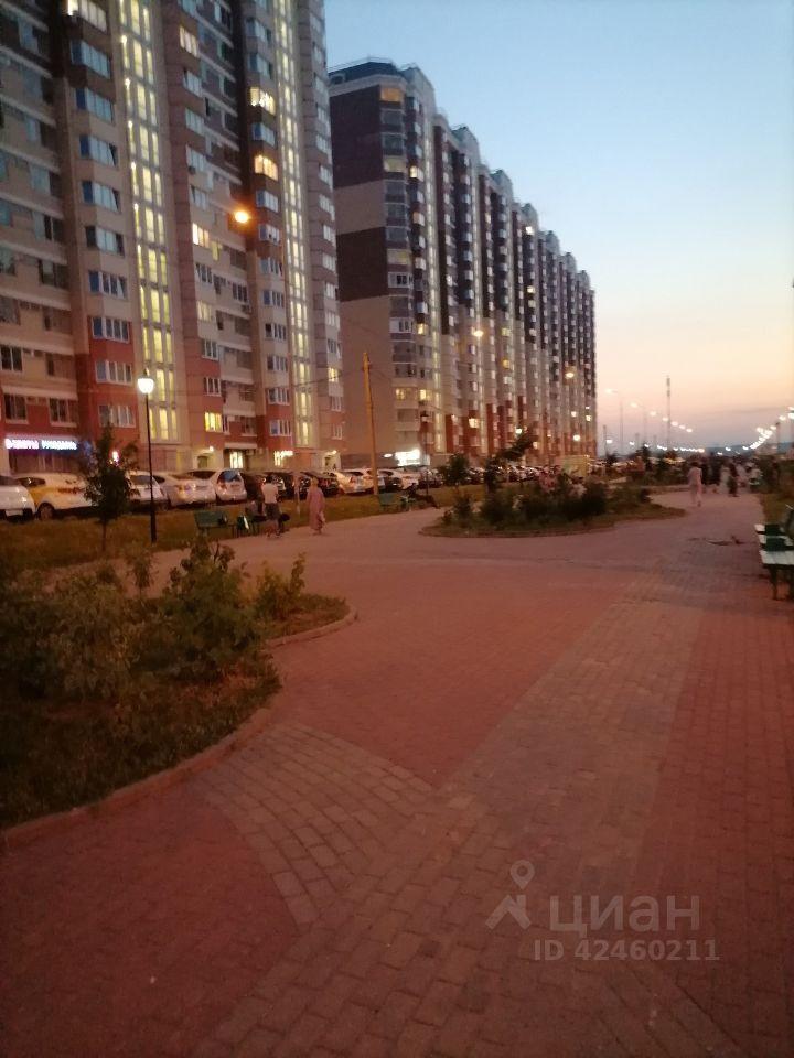 Аренда трёхкомнатной квартиры село Домодедово, бульвар Строителей 2, цена 50000 рублей, 2021 год объявление №1422386 на megabaz.ru