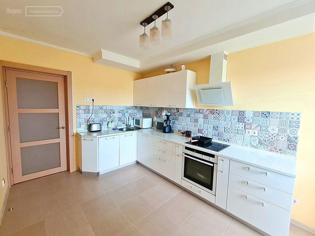 Продажа двухкомнатной квартиры Одинцово, Кутузовская улица 31, цена 11050000 рублей, 2021 год объявление №659419 на megabaz.ru