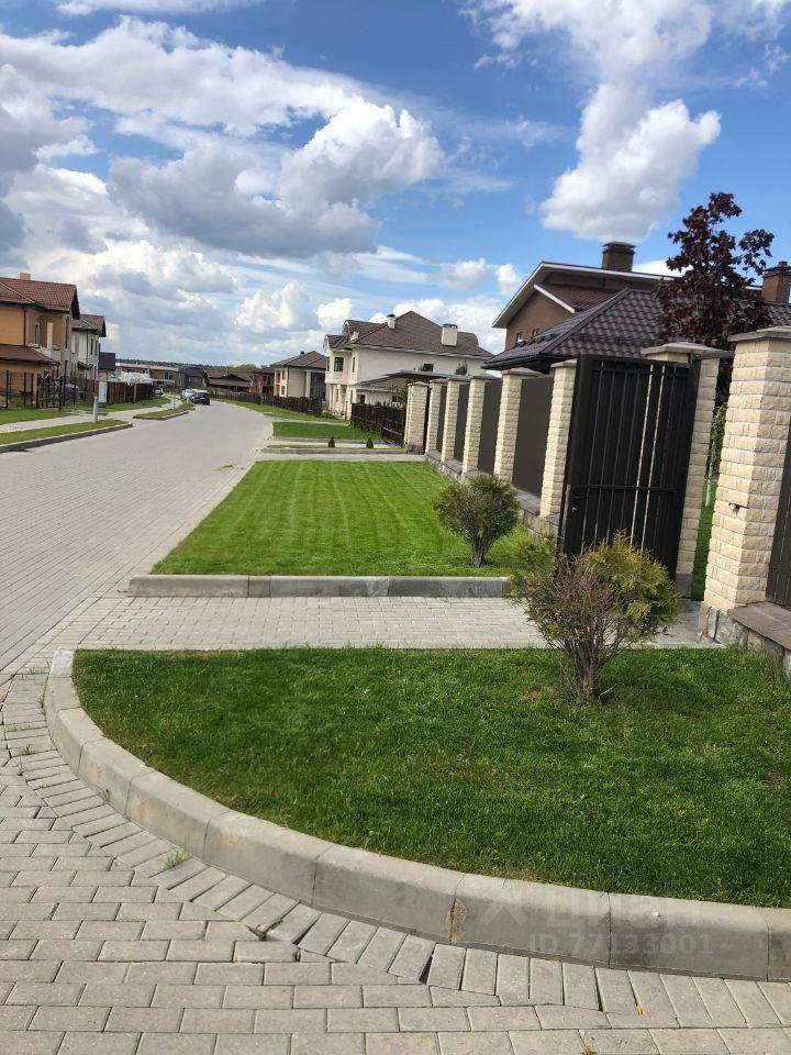 Аренда дома деревня Покровское, Веерная улица 159, цена 300000 рублей, 2021 год объявление №1435059 на megabaz.ru