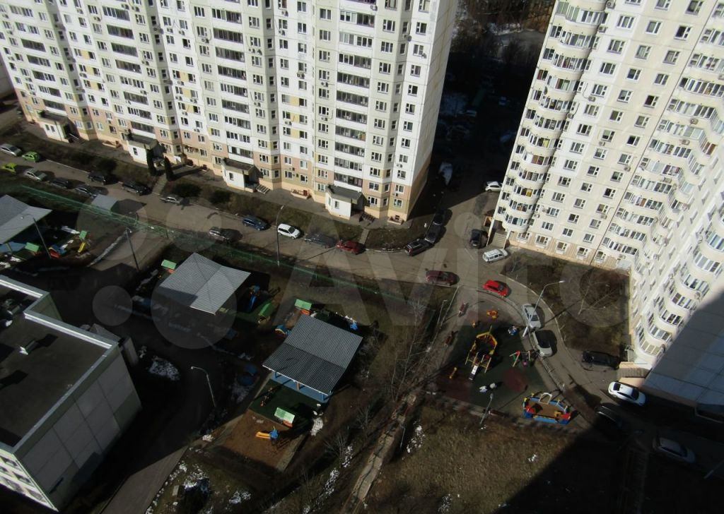 Продажа однокомнатной квартиры Москва, метро Улица Старокачаловская, улица Грина 1к8, цена 10200000 рублей, 2021 год объявление №651287 на megabaz.ru