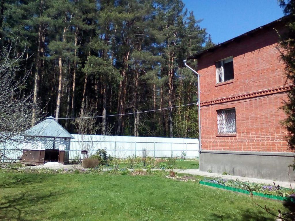 Аренда дома село Жаворонки, цена 70000 рублей, 2021 год объявление №1411772 на megabaz.ru