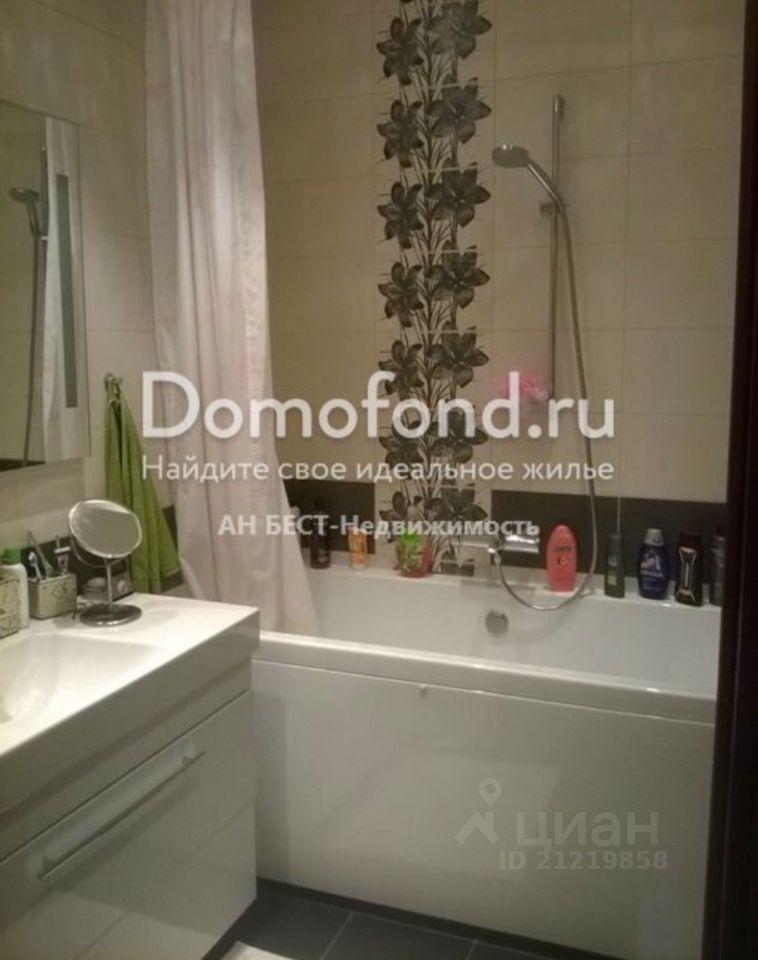 Продажа двухкомнатной квартиры Москва, метро Волоколамская, Пятницкое шоссе 15к1, цена 18900000 рублей, 2021 год объявление №657364 на megabaz.ru