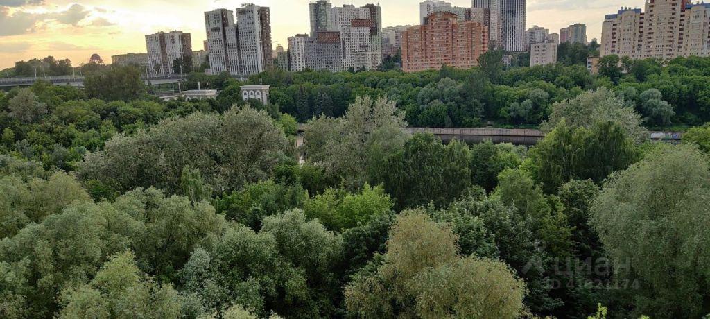 Аренда однокомнатной квартиры Москва, метро Фили, Филёвский бульвар 21, цена 35000 рублей, 2021 год объявление №1423371 на megabaz.ru