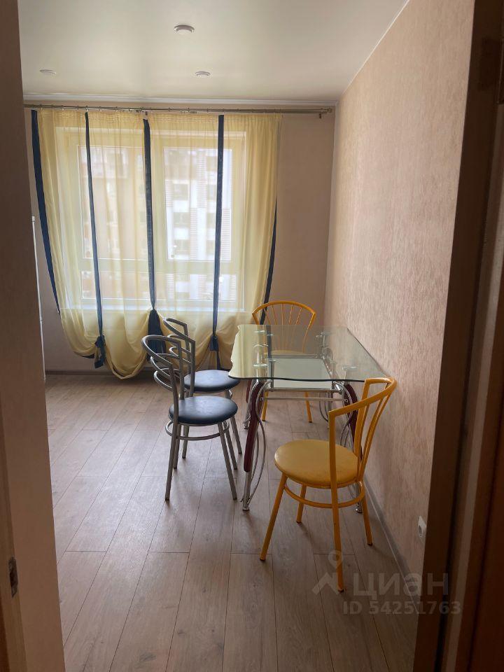 Аренда двухкомнатной квартиры деревня Елино, цена 35000 рублей, 2021 год объявление №1425088 на megabaz.ru