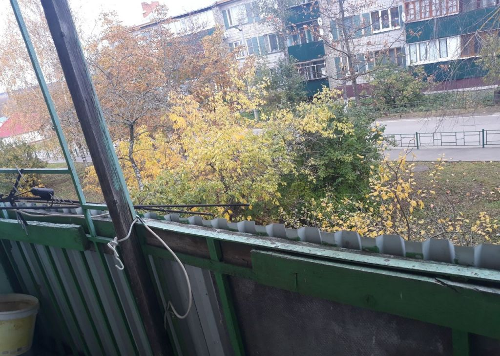 Продажа двухкомнатной квартиры село Покровское, Комсомольская улица, цена 1200000 рублей, 2021 год объявление №381496 на megabaz.ru
