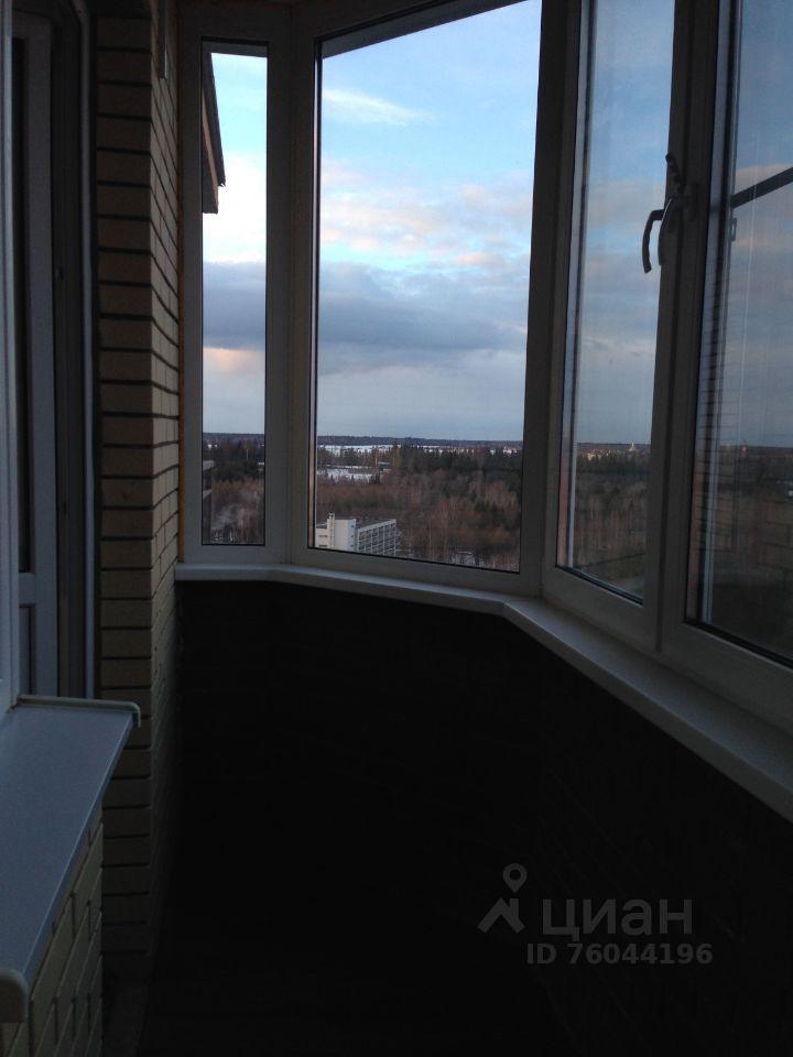 Продажа однокомнатной квартиры Звенигород, метро Строгино, Нахабинское шоссе 1к3, цена 8700000 рублей, 2021 год объявление №659827 на megabaz.ru