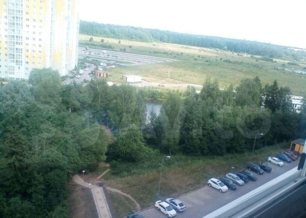 Аренда однокомнатной квартиры деревня Голубое, Парковый бульвар 5, цена 22000 рублей, 2021 год объявление №1424555 на megabaz.ru