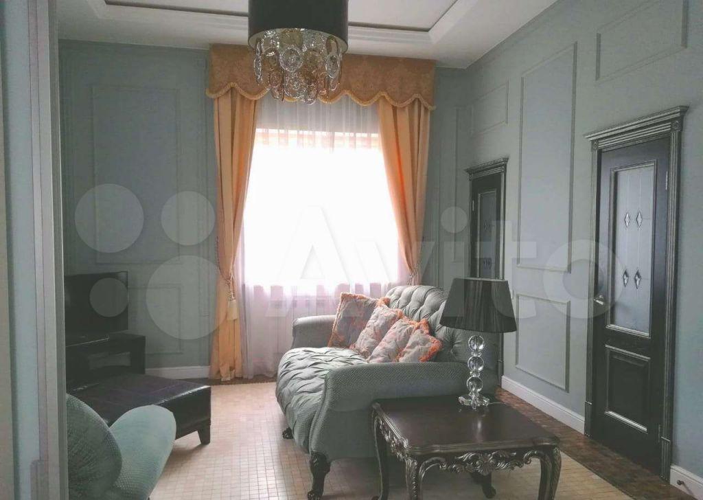 Продажа дома село Петрово-Дальнее, Фонтанная площадь 1, цена 70000000 рублей, 2021 год объявление №676357 на megabaz.ru