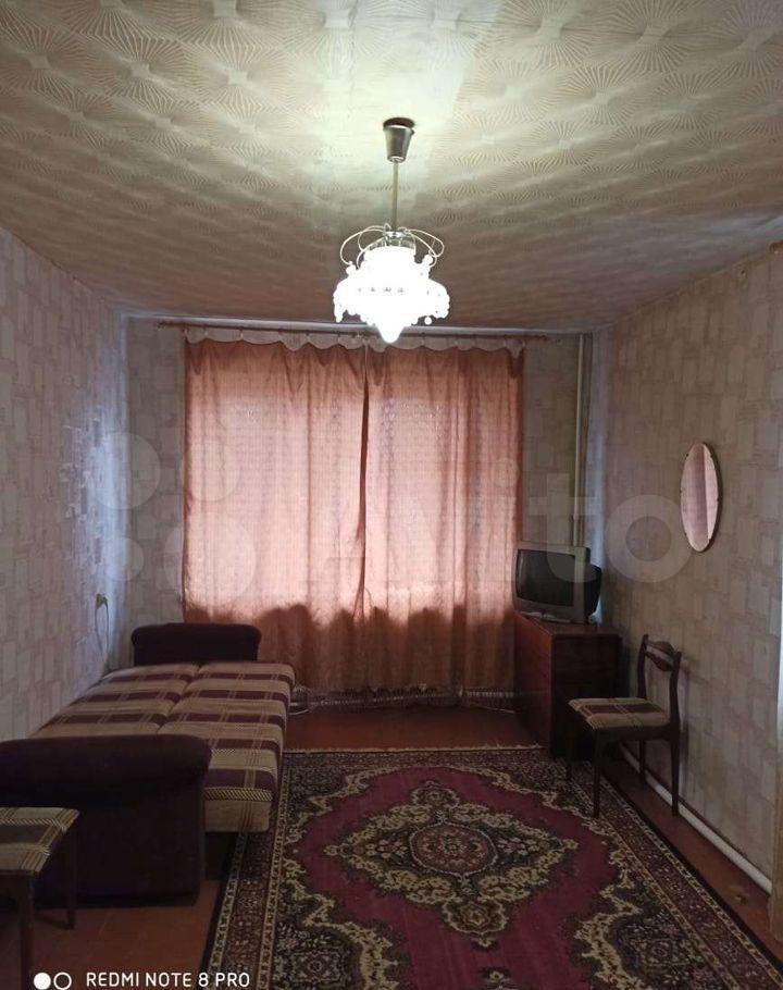 Аренда однокомнатной квартиры поселок Большевик, улица Ленина 14, цена 15000 рублей, 2021 год объявление №1355355 на megabaz.ru
