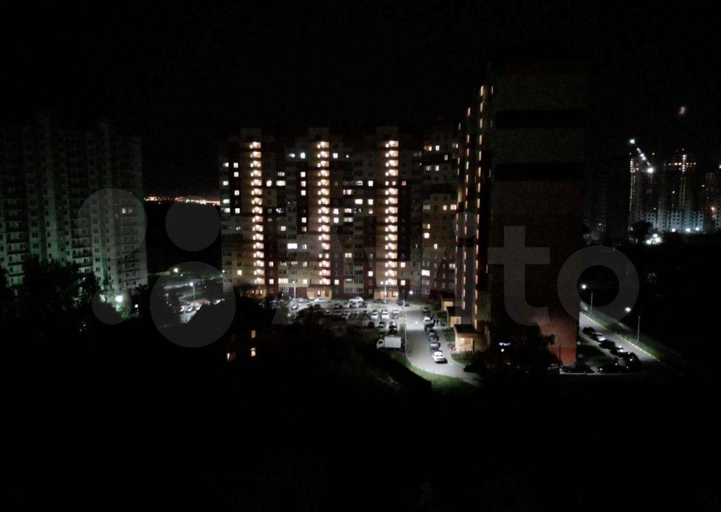 Аренда однокомнатной квартиры деревня Островцы, Баулинская улица 9, цена 23000 рублей, 2021 год объявление №1484809 на megabaz.ru