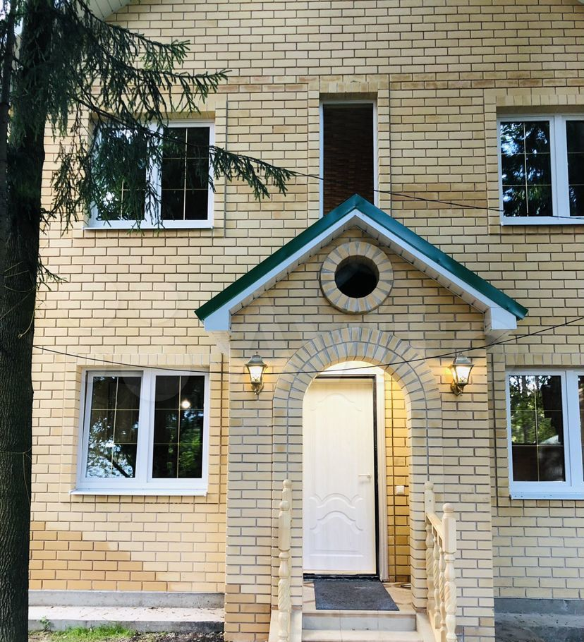 Аренда дома Лобня, Парковая улица 12, цена 60000 рублей, 2021 год объявление №1430060 на megabaz.ru