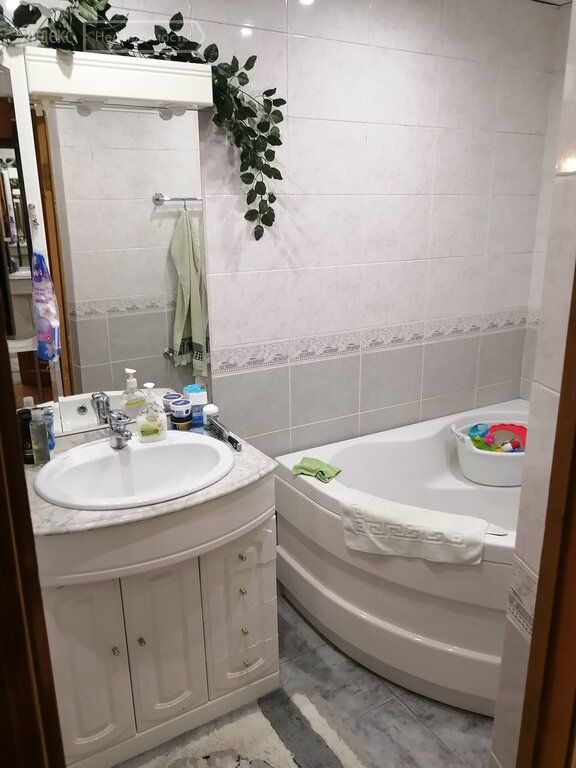 Продажа трёхкомнатной квартиры поселок Строитель, цена 5000000 рублей, 2021 год объявление №661328 на megabaz.ru