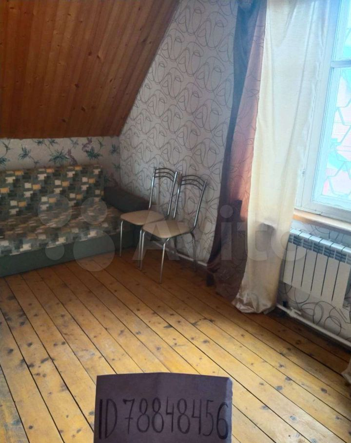 Аренда дома деревня Черное, Журавлиная улица, цена 10000 рублей, 2021 год объявление №1379402 на megabaz.ru