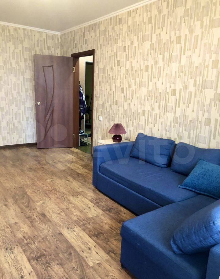 Аренда однокомнатной квартиры село Домодедово, Высотная улица 3, цена 24000 рублей, 2021 год объявление №1429568 на megabaz.ru