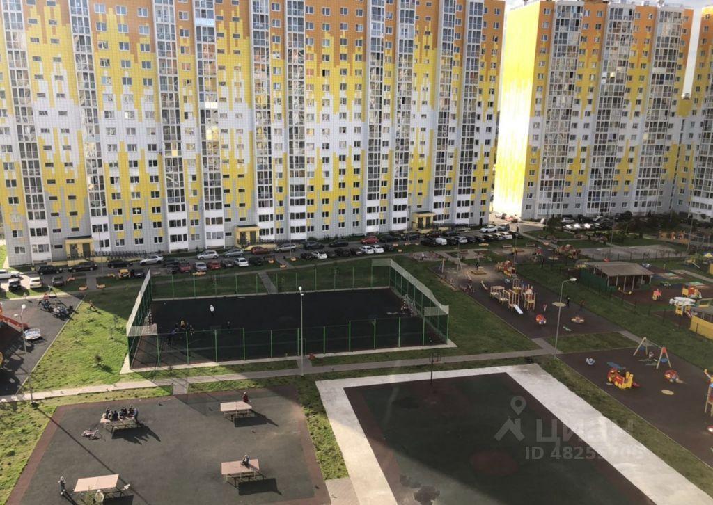 Продажа двухкомнатной квартиры деревня Голубое, метро Комсомольская, Трёхсвятская улица 18, цена 8550000 рублей, 2021 год объявление №655921 на megabaz.ru