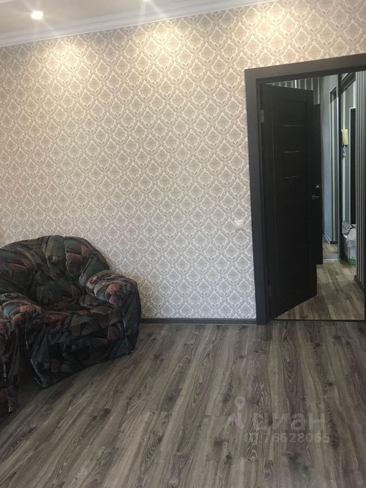 Аренда однокомнатной квартиры деревня Чёрная, Садовая улица 2, цена 28000 рублей, 2021 год объявление №1427443 на megabaz.ru
