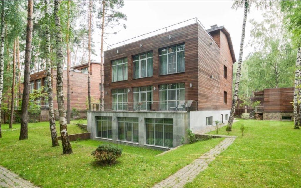 Аренда дома поселок Горки-2, Рублёво-Успенское шоссе, цена 700000 рублей, 2020 год объявление №1037812 на megabaz.ru