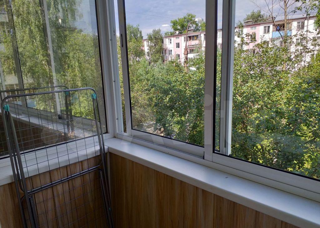 Аренда однокомнатной квартиры рабочий посёлок Калининец, Фабричная улица 6, цена 20000 рублей, 2021 год объявление №1428737 на megabaz.ru