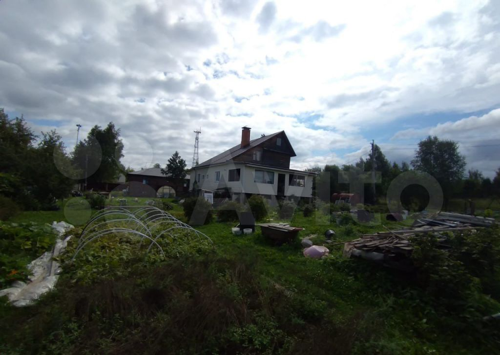 Продажа дома деревня Нестерово, Молодёжная улица 1, цена 5200000 рублей, 2021 год объявление №678760 на megabaz.ru
