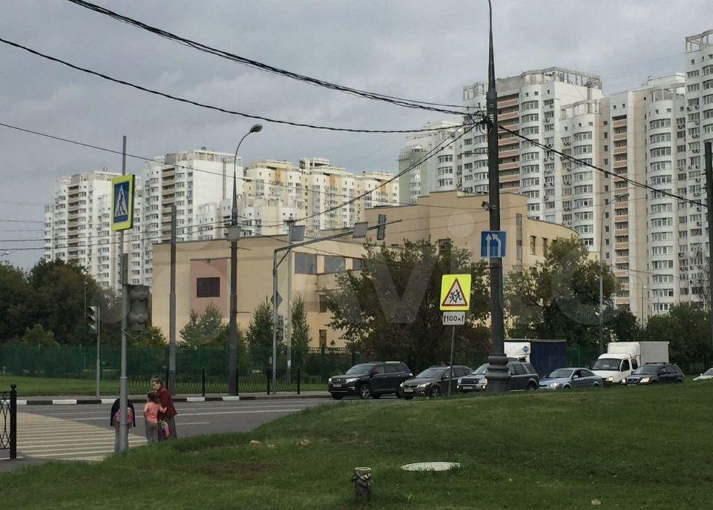 Продажа двухкомнатной квартиры Москва, метро Волоколамская, Пятницкое шоссе 15к1, цена 18900000 рублей, 2021 год объявление №657474 на megabaz.ru